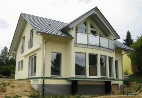 fertighaus als bungalow schl sselfertig. Black Bedroom Furniture Sets. Home Design Ideas