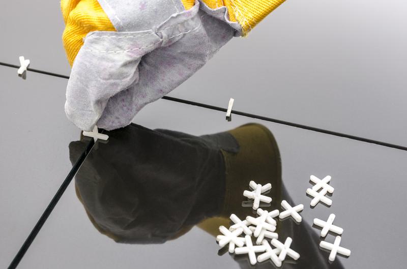 Fliesen Schwarz Glänzend Preise Auf Einen Blick - Schwarz marmorierte fliesen