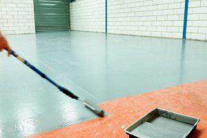 Fußboden streichen