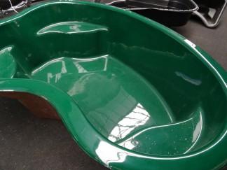 Einen Pool aus GFK sicher einbauen