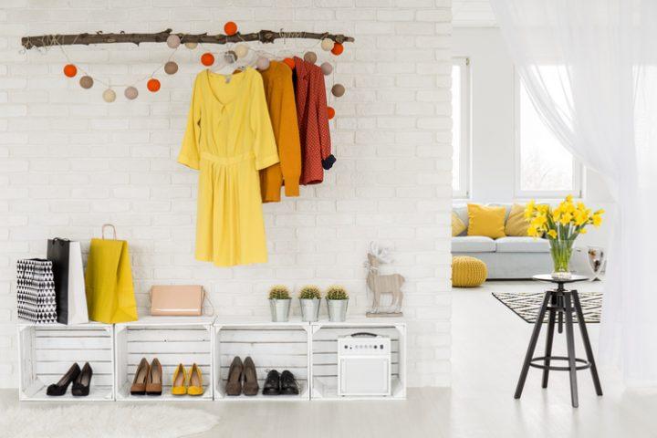 Garderobe aufräumen