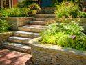 Garten mit Mauern gestalten