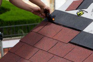 Gartenhaus Dach decken