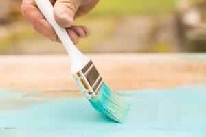 Gartenmöbel lackieren