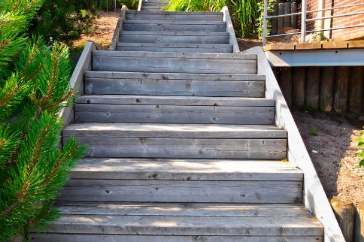Gartentreppe Aus Holz Selber Bauen Anleitung In 4 Schritten