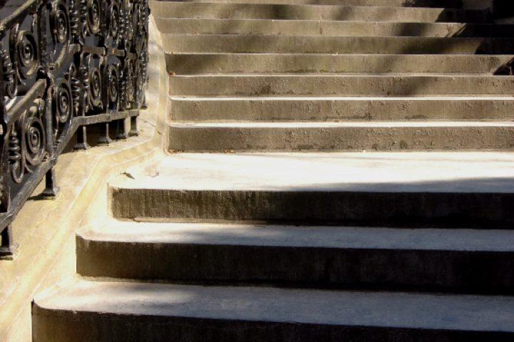 Gartentreppe betonieren