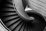 Gewendelte Treppe fliesen