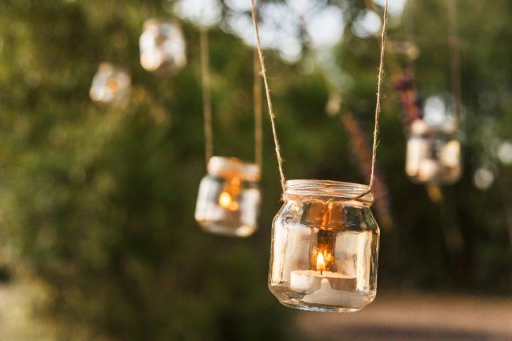 gläser besprühen » so basteln sie ein windlicht in 4 schritten, Garten ideen