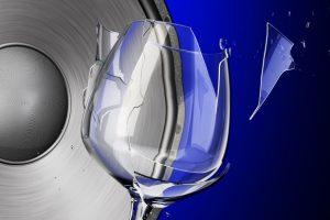 Glas zersingen