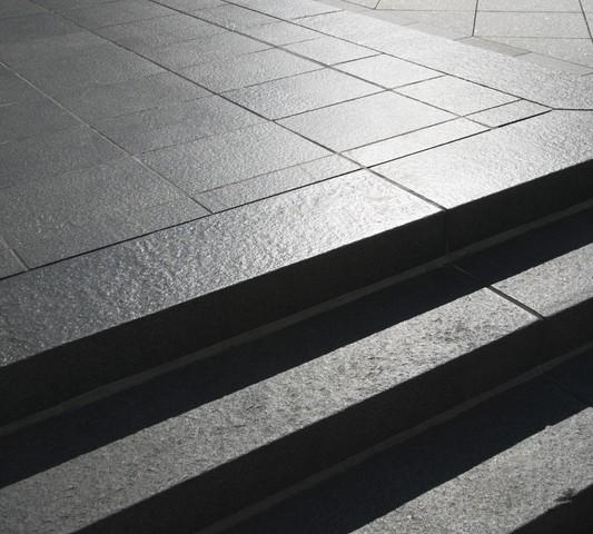 Terrassenplatten Aus Granit So Verlegen Sie Sie Richtig - Granit gartenplatten preise