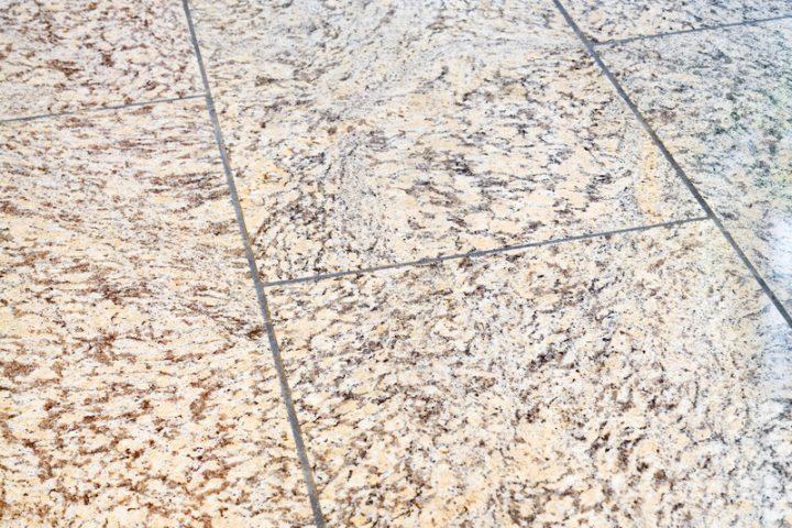 Granitplatten verfugen