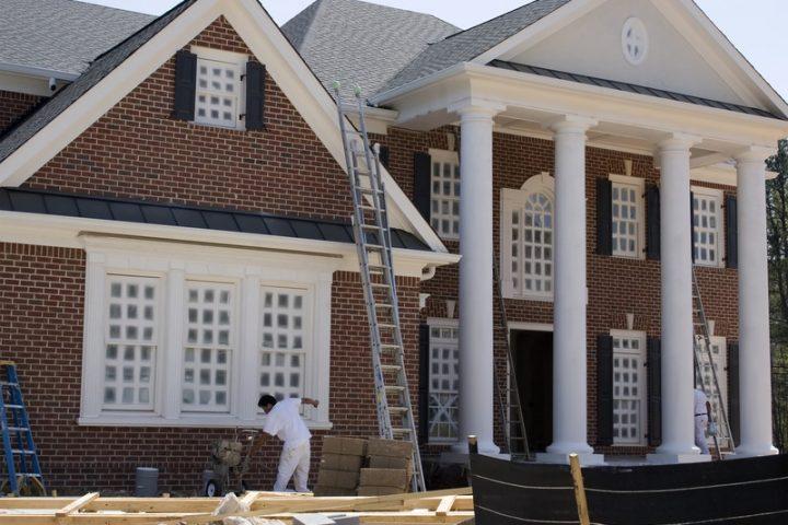 Haus streichen lassen » Die Kosten am konkreten Beispiel ...