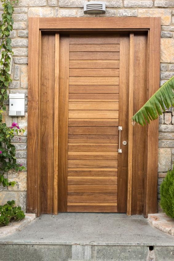 Haustüren einbauen  Haustür einbauen » Detaillierte Anleitung in 10 Schritten