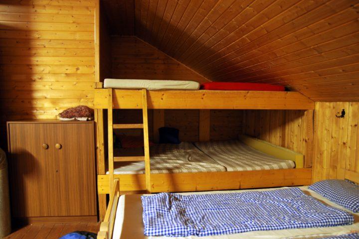 Extrem Hochbett in einer Dachschräge » So funktioniert's QY51