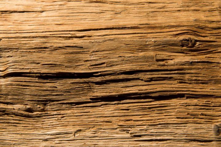 Holz altern