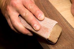 Holz aufrauen
