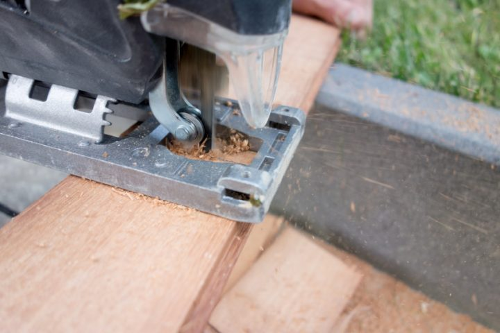 Holz aussägen