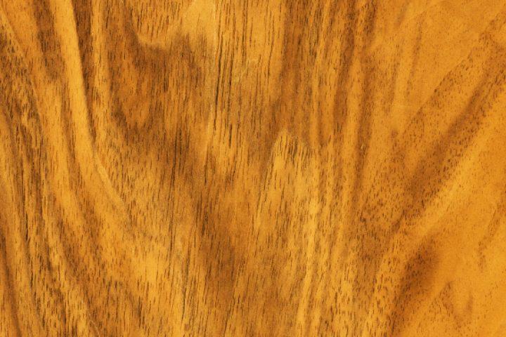 Holz bekleben
