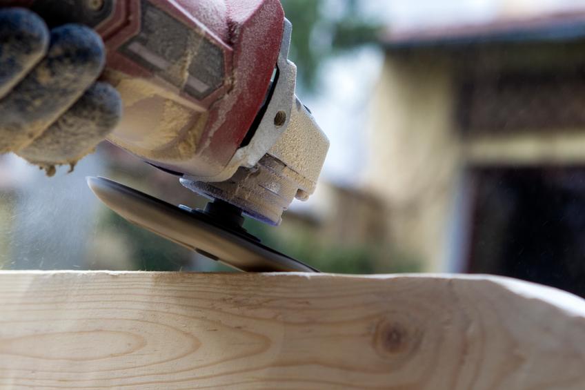 holzbalken bearbeiten verfahren werkzeuge und mehr. Black Bedroom Furniture Sets. Home Design Ideas