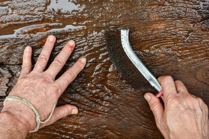 Holz bürsten