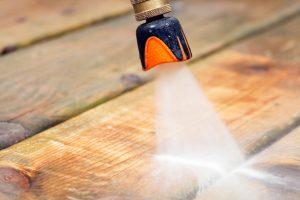 Holzboden reinigen