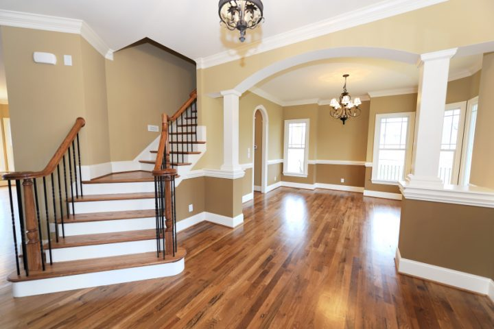 Holzboden  Fugen beim Holzboden füllen » Anleitung in 4 Schritten