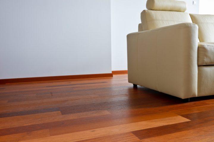 Holzboden quietscht