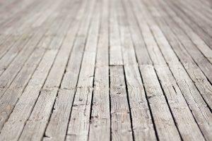 Holzdielen ausgleichen