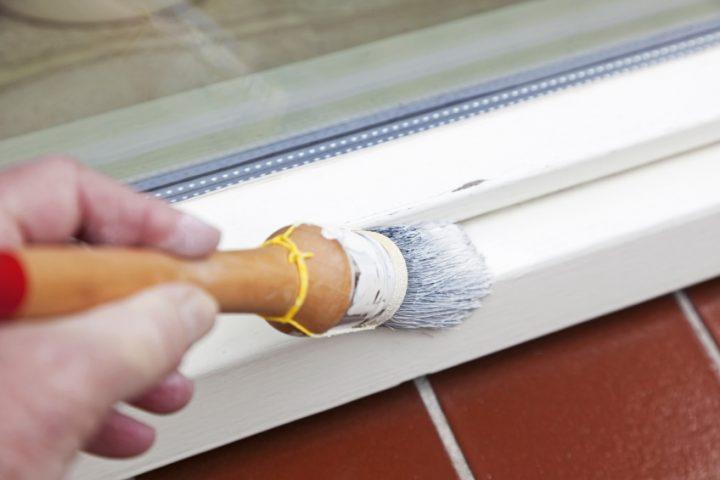 Holzfenster streichen Kosten