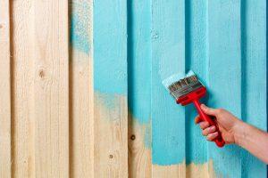Holzhaus malern Farbe