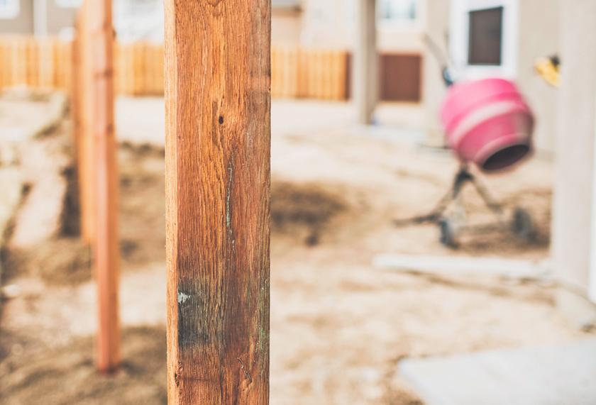 Holzpfosten Einbetonieren Anleitung In 3 Schritten