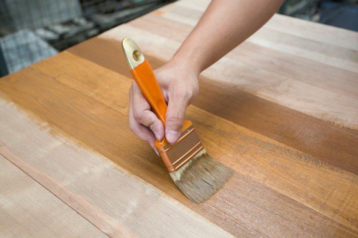 Holztisch imprägnieren