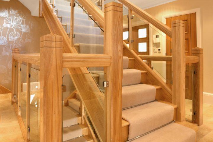 Holztreppenkonstruktion