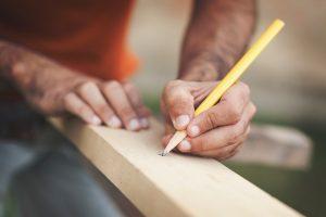 Tür für den Holzzaun selber bauen