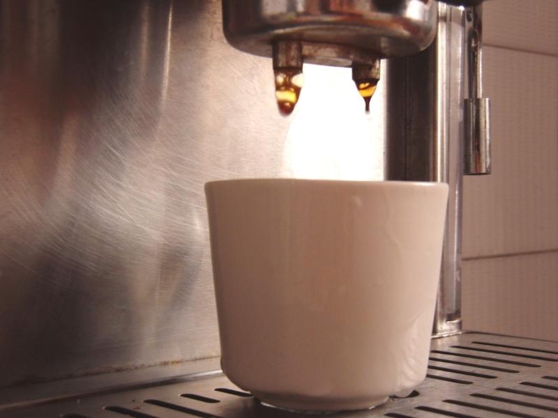 jura kaffeevollautomat entkalken das sollten sie wissen. Black Bedroom Furniture Sets. Home Design Ideas