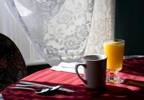 gardinen f r k chenfenster ideen und l sungen. Black Bedroom Furniture Sets. Home Design Ideas