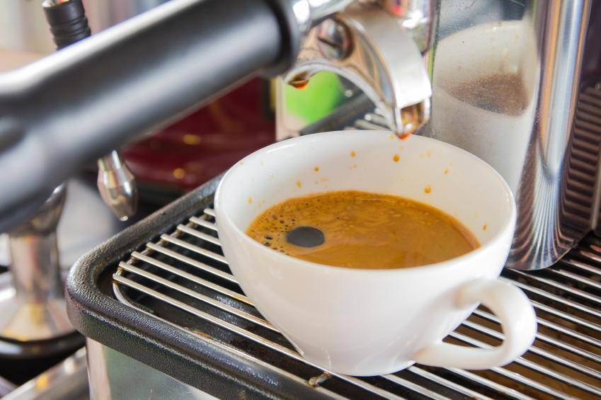kaffee mit espressomaschine der perfekte espresso kaffee. Black Bedroom Furniture Sets. Home Design Ideas