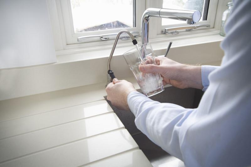 Kalkfilter am Hausanschluss » Wirkung, Nachteil & Alternativen