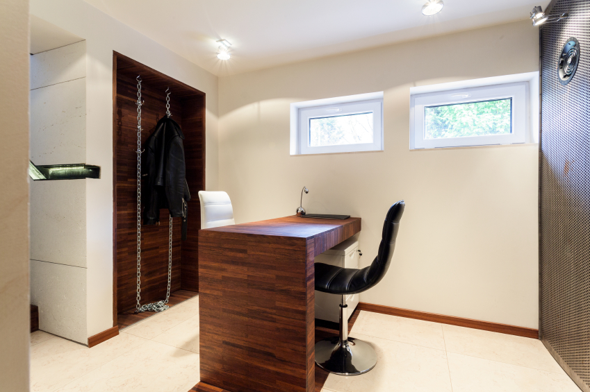 kellerfenster dekorieren ideen tipps tricks. Black Bedroom Furniture Sets. Home Design Ideas