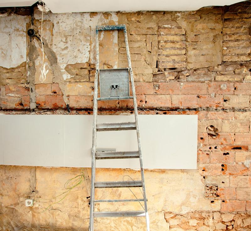 keller innen abdichten anleitung cheap heimwerker dichtet fenster im feuchten keller ab und. Black Bedroom Furniture Sets. Home Design Ideas