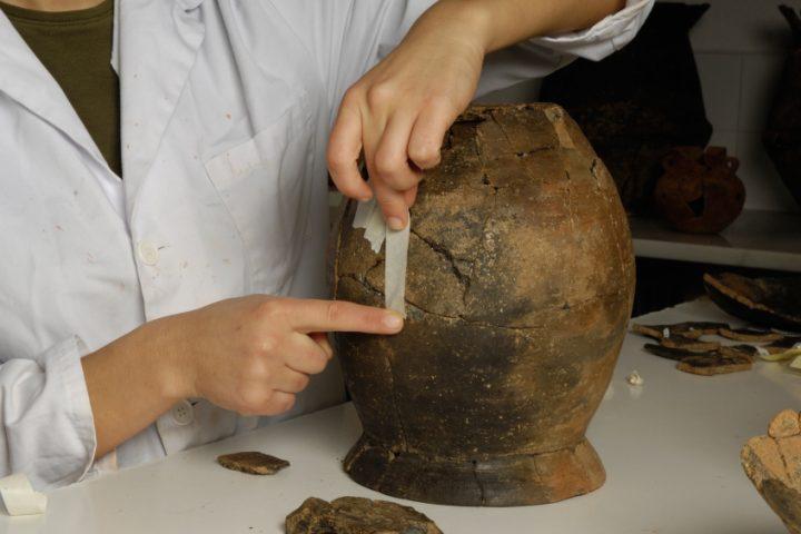 Unterschied Ton Keramik keramik kleben so reparieren sie vasen co