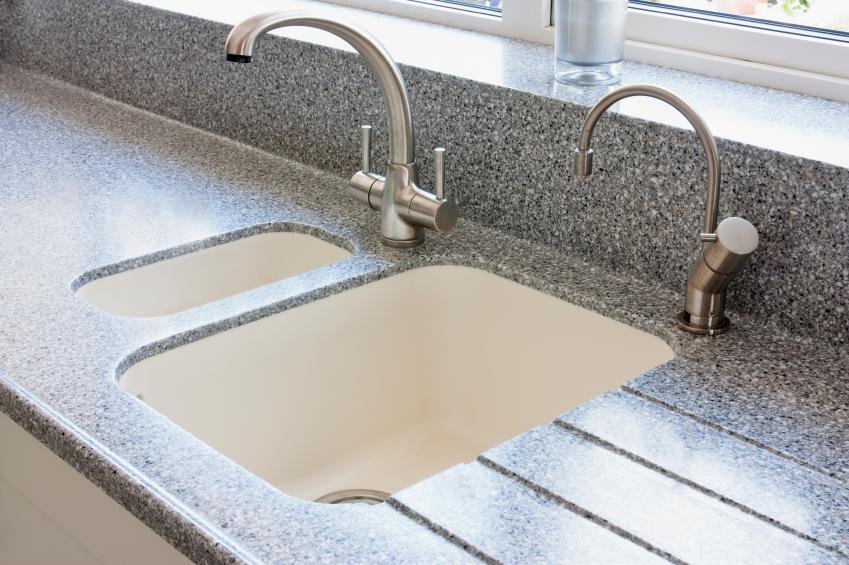 Küche waschbecken keramik  Keramikspüle » Die Vor- und Nachteile
