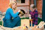Kinderstuhl streichen