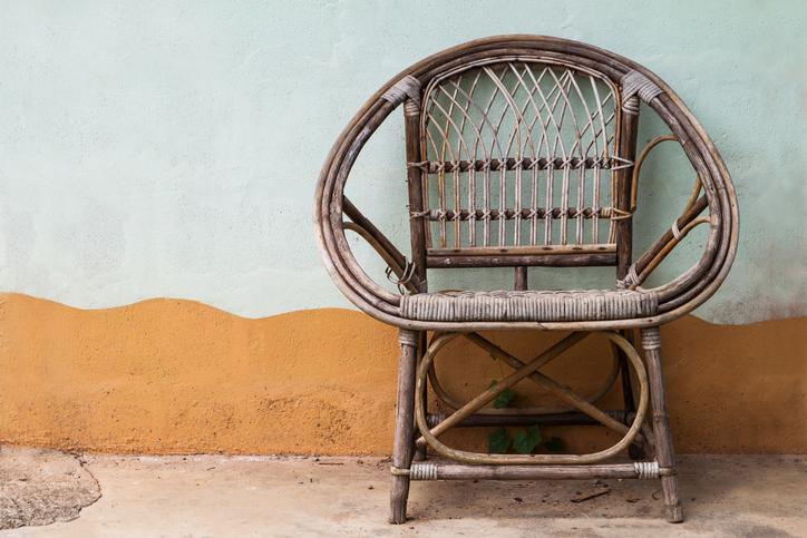 korbm bel auffrischen so peppen sie alte m bel auf. Black Bedroom Furniture Sets. Home Design Ideas