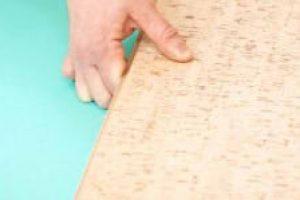 Korkplatten verlegen