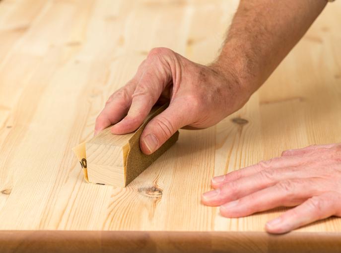 Kratzer Aus Holz Entfernen So Gelingts