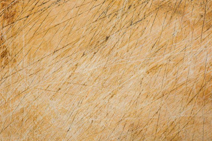Kratzer im Laminat » So beheben Sie kleine Schäden