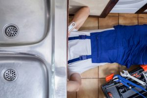 Spüle Wasseranschluss