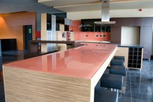 Küchenarbeitsplatte Glas Kosten