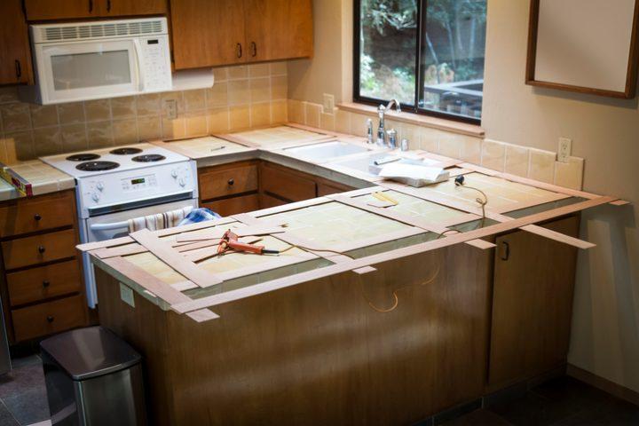 Küchenarbeitsplatte höher machen